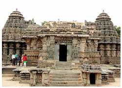 belur temple tours